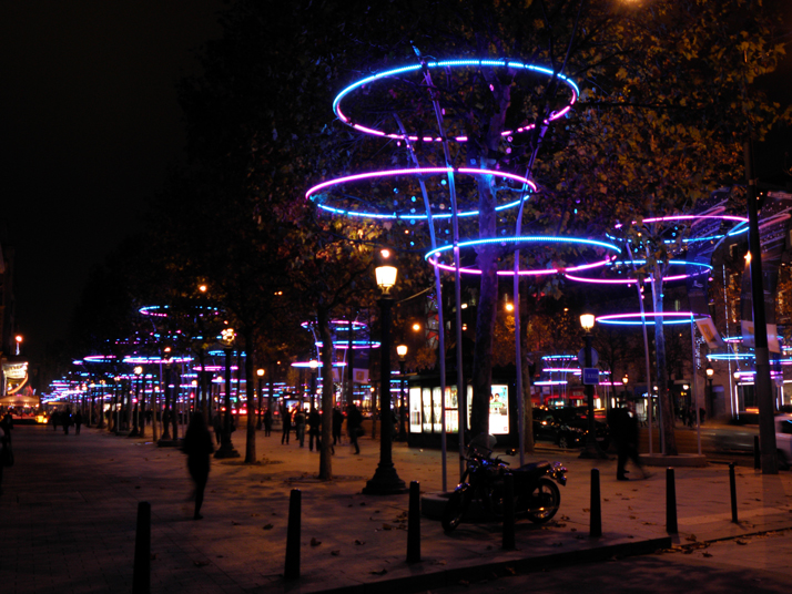 illuminations-noel_champs-elysees_Paris_TreeRings