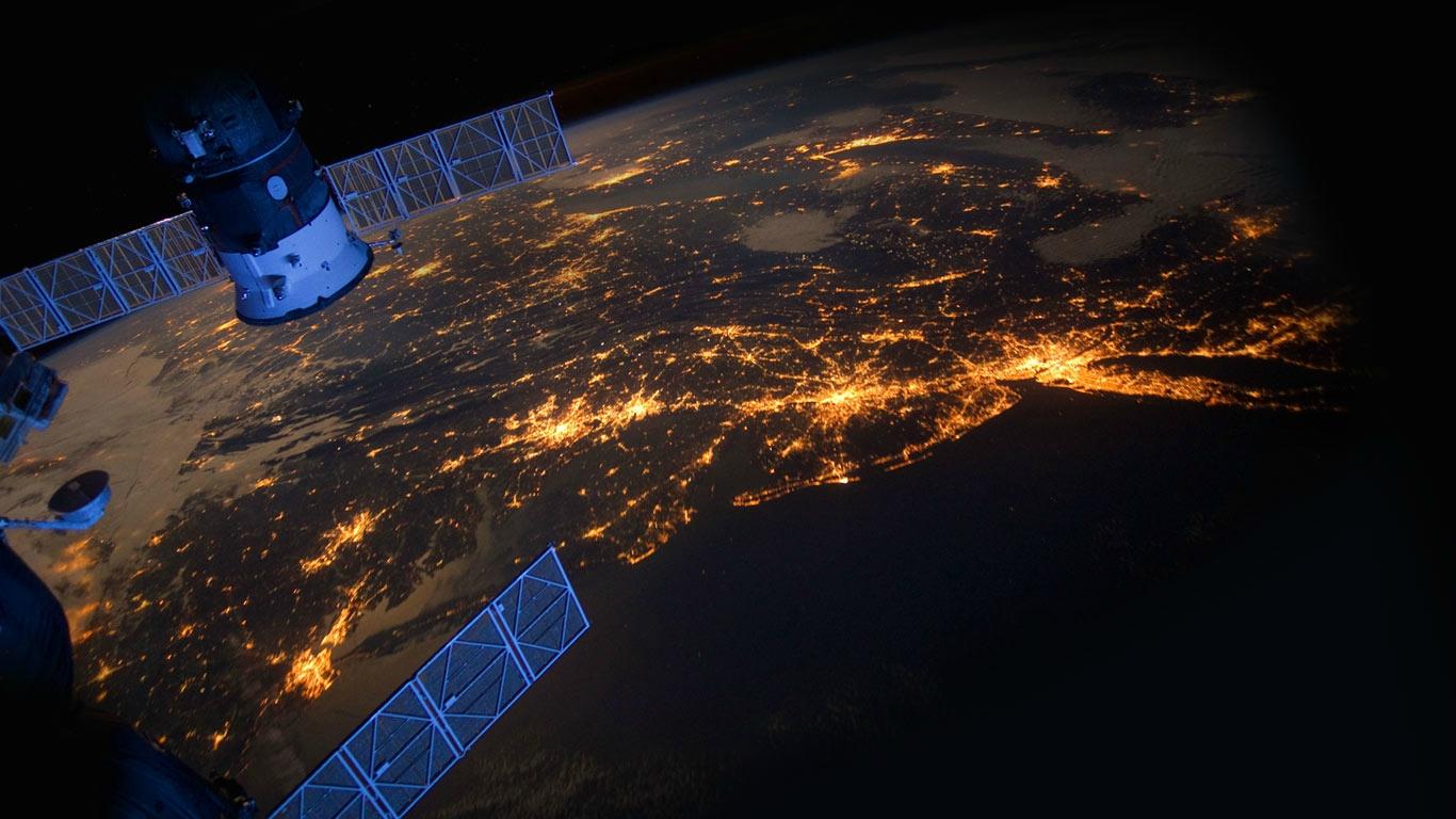 terre vue de l'espace eclairage public
